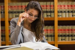 more females are studying law